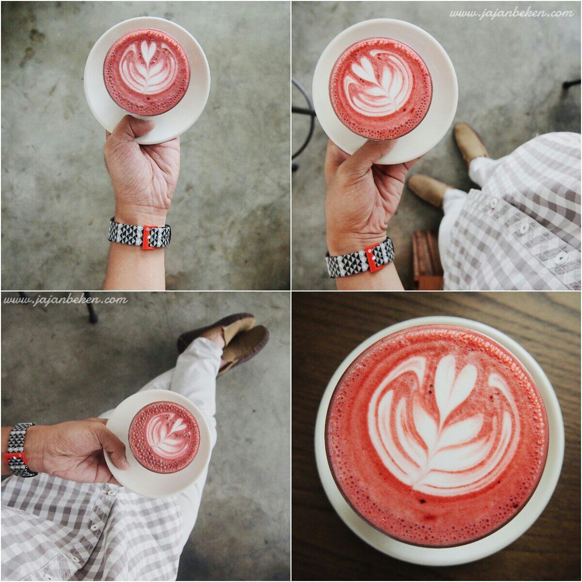 A Cozy Coffee Shop In Kelapa Gading Named Tof Sicacilla