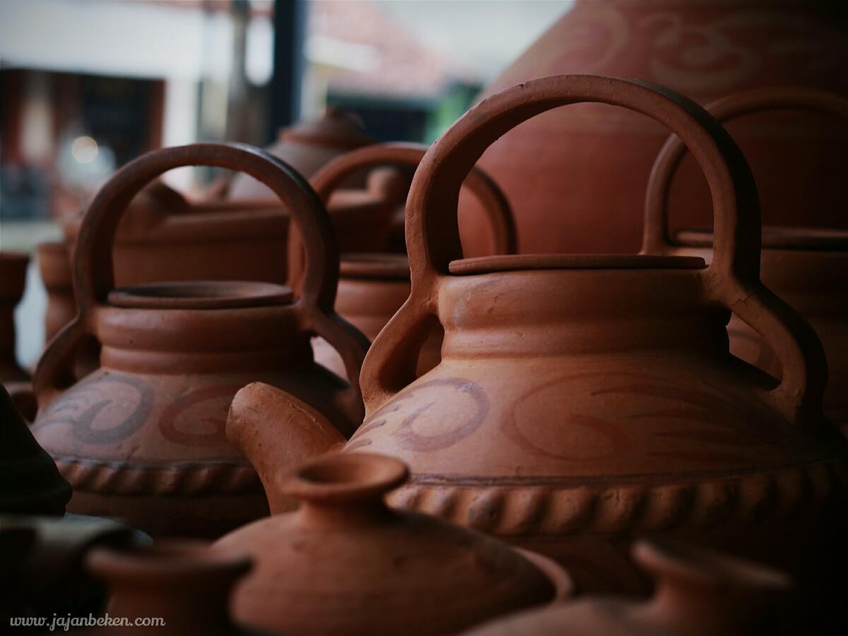 jajanbeken plered pusat keramik jawa barat purwakarta 9