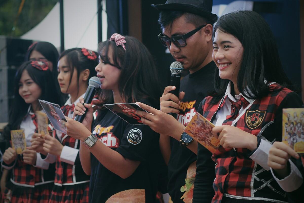 jajanbeken KFC Indonesia Zuper Krunch JKT 48 5