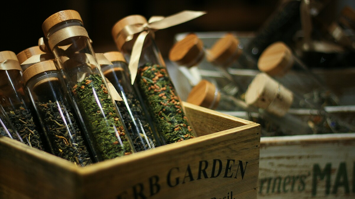 jajanbeken lewis and carrol tea flower market 10