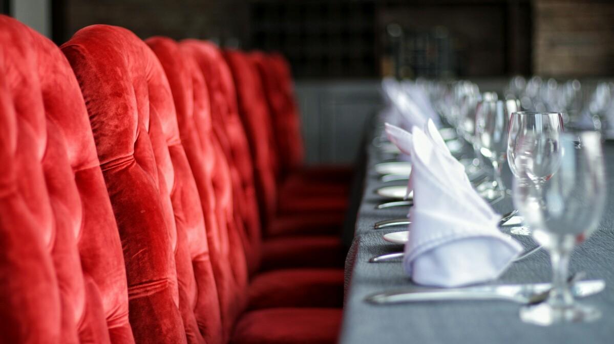 jajanbeken valentino restaurant jakarta md building