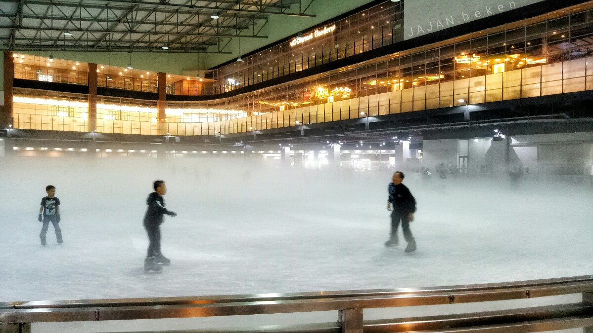 jajanbeken ice skating aeon mall harga
