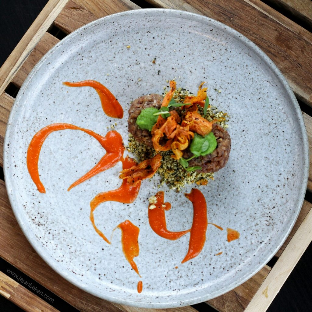 jajanbeken pasola restaurant price