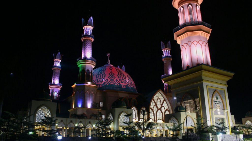 jajanbeken sunsethouse lombok masjid islamic center lombok