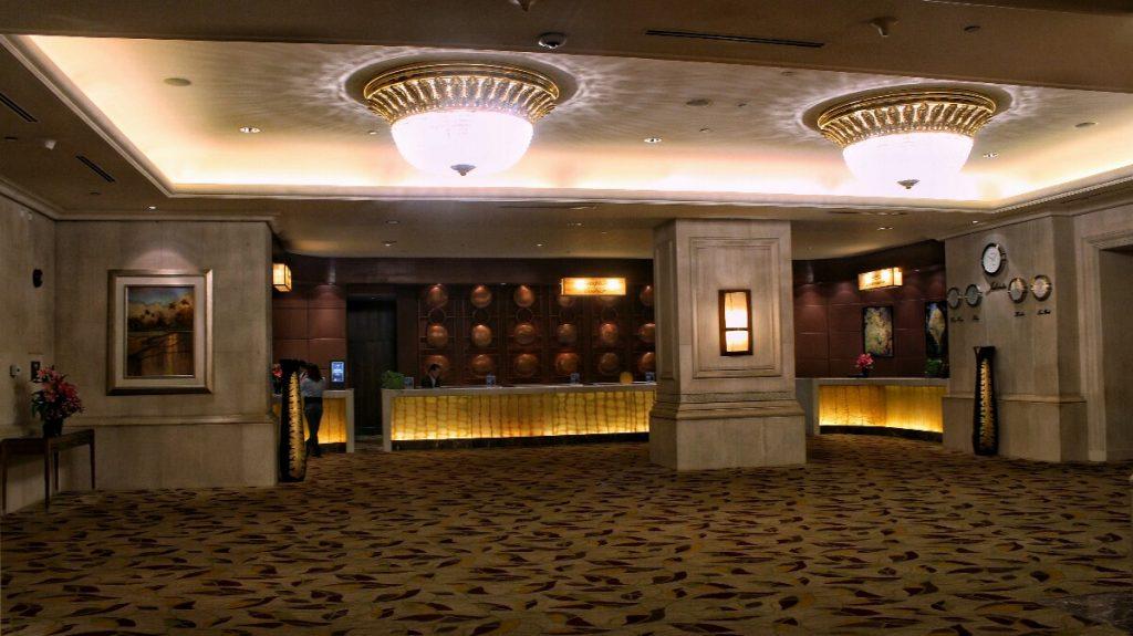 jajanbeken hotel shangri la jakarta