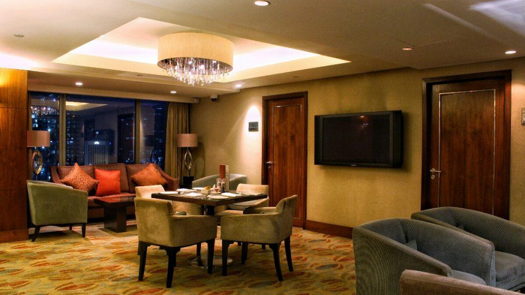 jajanbeken hotel shangri la jakarta pusat