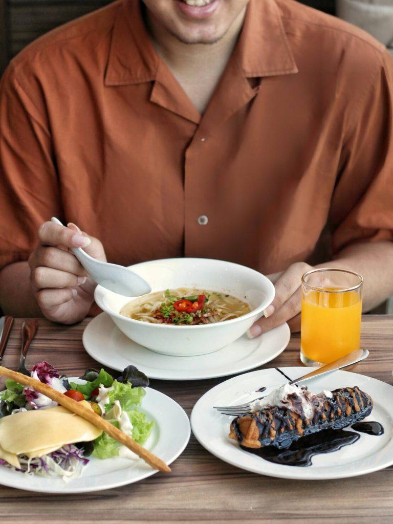 jajanbeken food hotel blogger